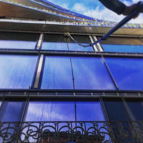 Mytí oken systémem demineralizované vody, Národní třída, DRN