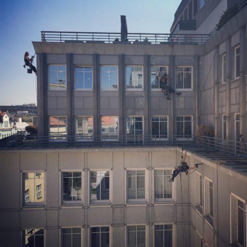 Čištění fasády a mytí oken, Klimentská, Praha 1