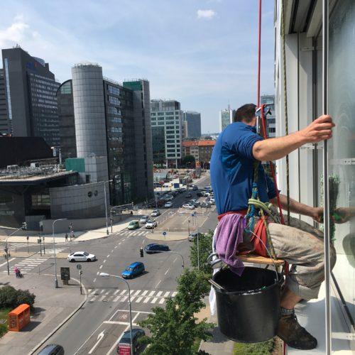 Mytí oken a fasády, Tetris, Praha 4